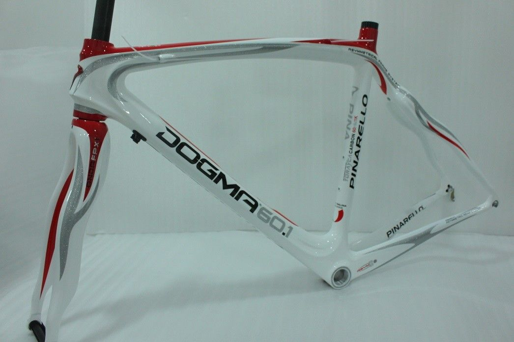 Lightest Carbon Road Bike Frame Only 3K Glossy Red White Color Tiffness To Weight Ratio
